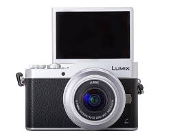 panasonic lumix dc gx850 gx800 review lean selfie machine