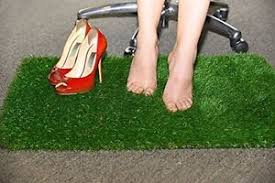 foot rest artificial grass rug soothes relax massage comfort home