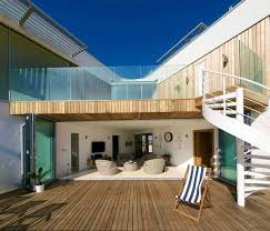 modern beach house in east sussex with glass and timber details