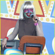 Sia Singing Chandelier Live Sia Performs Chandelier In Clown Makeup Now Sia