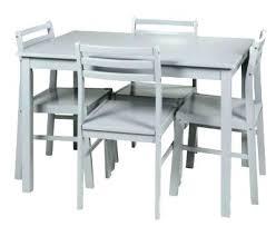 table de cuisine chez but tables de cuisine but affordable chaises blanches but table et