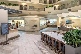 Comfort Suites Seattle Airport Hotel Embassy Tacoma Intairport Tukwila Wa Booking Com