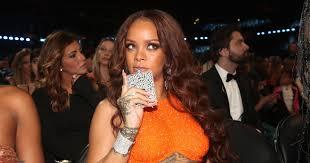 Rihanna Memes - 13 of the funniest grammy 2017 memes rihanna s flask to