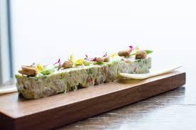 Restaurant Esszimmer Salzburg Gault Millau Avocado Saiblings Tatar Essen Lieben