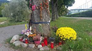 Blumen Baden Baden Mord An Freiburger Studentin Maria Ist Nicht Vergessen Südbaden
