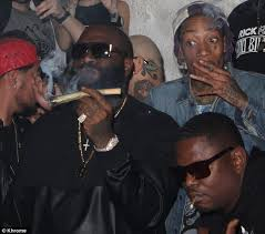 Rick Ross Bra Meme - wiz khalifa and rick ross toast his new single life in a big puff of