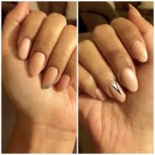 natural nails with gel polish just a few nails have tips or were