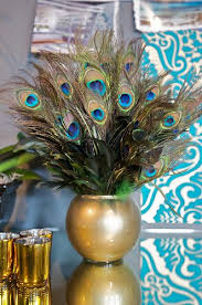 Peacock Feather Centerpieces by Best 25 Peacock Feathers Ideas On Pinterest Peacock Drawing