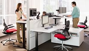 Stand Up Computer Desk by Importance Of Stand Up Desks In Start Ups