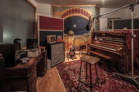 what color should a recording studio be and how is this important