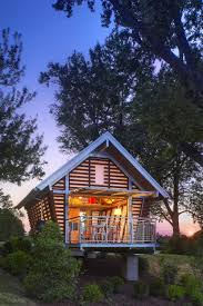 set in a wooded area this 300 square foot studio retreat in