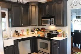 tile back splash in the kitchen