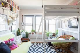 Bunk Beds Chicago A 325 Square Foot Cozy Femme Clutter Chicago Studio Loft Bed