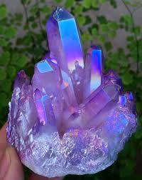 aura crystals purple blue aura crystal quartz purple pinterest auras