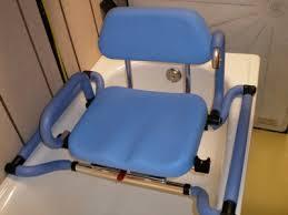 siège pour baignoire handicapé siege baignoire handicap trendy sige de avec accoudoirs