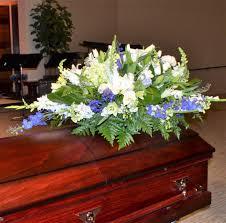 how to make a casket spray casket spray arrangement in irvine ca flower synergy
