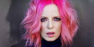 hairstyles for ladies turning 50 shirley manson is turning 50 and dgaf about what you think