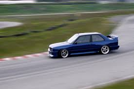 bmw drift cars bmw e30 drift wallpaper car wallpapers photos and videos