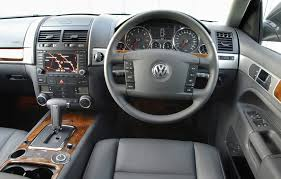 volkswagen touareg interior 2015 volkswagen touareg estate 2003 2009 features equipment and