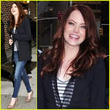 emma stone laughs outside of letterman emma stone just jared