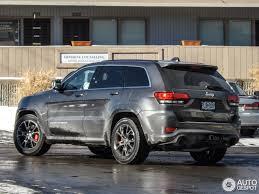 gray jeep grand cherokee jeep grand cherokee srt 8 2013 8 january 2014 autogespot