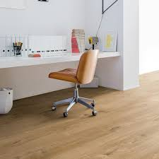 Quick Step White Oak Laminate Flooring Flooring Fascinating Quick Step Laminate And White Floating Wall