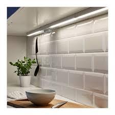 luminaire plan de travail cuisine utrusta éclairage plan travail à led blanc 40 cm ikea