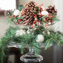 Make Your Own Christmas Centerpiece - 10 amazing christmas centerpieces you should make