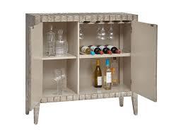 Pulaski Bar Cabinet Pulaski Furniture Accents Sylvia Bar Cabinet With Animal And