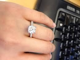 2 carat cushion cut diamond show me your 2 carat diamond rings wedding 215 carat center