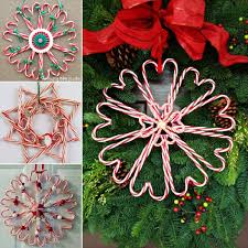 Easy Home Made Christmas Decorations by Wonderful Diy Christmas Candy Cane Wreath Candy Cane Wreath