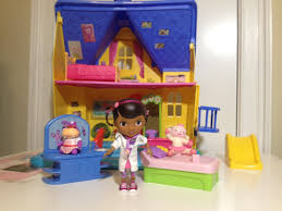 doc mcstuffins playhouse doc mcstuffins clinic with lambie hallie unboxing and review