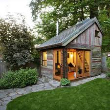 Lost In My Own Backyard Best 25 Backyard Cottage Ideas On Pinterest Backyard House