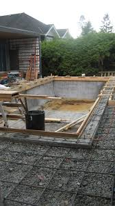 concrete pool formwork for second pour around pool adges