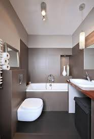 badezimmergestaltung modern moderne badezimmergestaltung beispiele absicht auf badezimmer mit