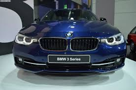 bmw headlights at night are bmw u0027s halogen headlights actually unsafe