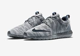 rosch run the nike roshe run fb is back and better than sneakernews