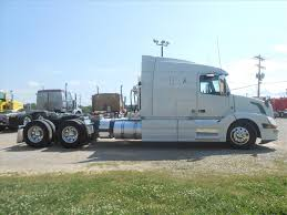 truck volvo 2014 used 2014 volvo vnl64t630 tandem axle sleeper for sale in ms 6581