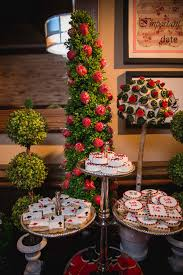 Alice In Wonderland Decoration Ideas This Alice In Wonderland Bridal Shower Will Absolutely Blow Your