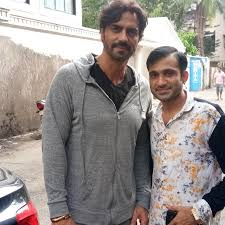 dhananjay galani was meet with arjun rampal on daddy movie promotion