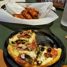 round table pizza rancho santa round table pizza order food online 48 photos 67 reviews