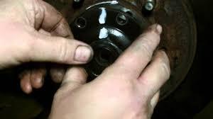suzuki grand vitara cv boot drive shaft removal repair pt 2 youtube