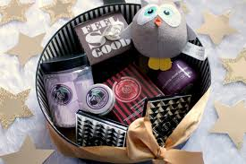 create your own gift basket blogmas day 12 create your own gift with the shop ellis