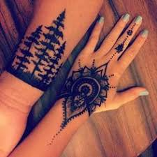 menna u0027 trend sees men wearing intricate henna tattoos men wear