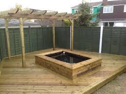 fabrication de coffre en bois fabriquer un bassin hors sol en bois