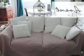 relooker un canapé en cuir lecon de deco relooker canape sans le changer image comment