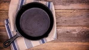 poele à cuisiner l aliment à ne pas cuisiner dans une poêle en fonte 7sur7 be