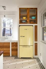 küche freistehend designer kühlschrank freistehend farbig design retro kühlschränke