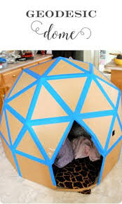 How To Build A Large Toy Box by Best 25 Cardboard Box Houses Ideas On Pinterest Cardboard Boxes
