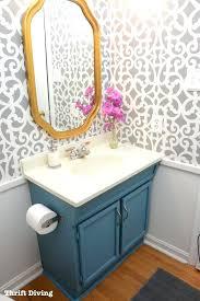 Wallpaper Ideas For Small Bathroom Best Wallpaper For Bathrooms Bathroom Borders Wallpaper Country